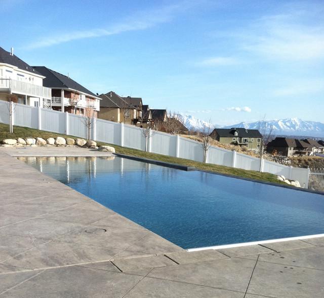 Cedar Hills Smith Project contemporary-pool