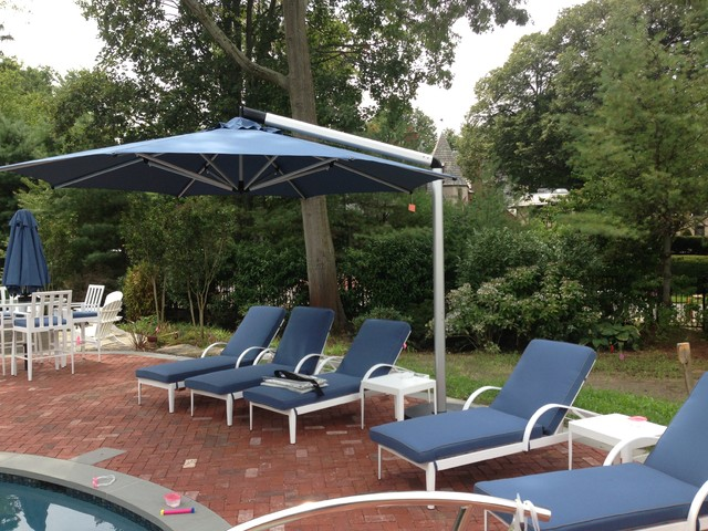 Chaise Lounge Chairs And Umbrella For Pool Area Contemporary Pool