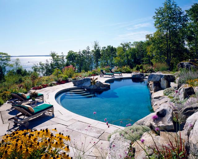 Coastal Manor traditional-pool