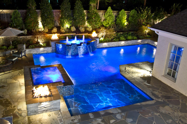 Collierville modern geometric pool spa outdoor living for Swimming pool spa designs
