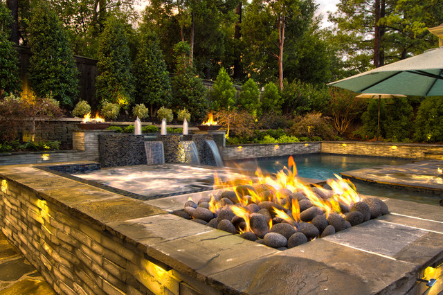 Collierville modern geometric pool spa outdoor living for Designer pools and outdoor living