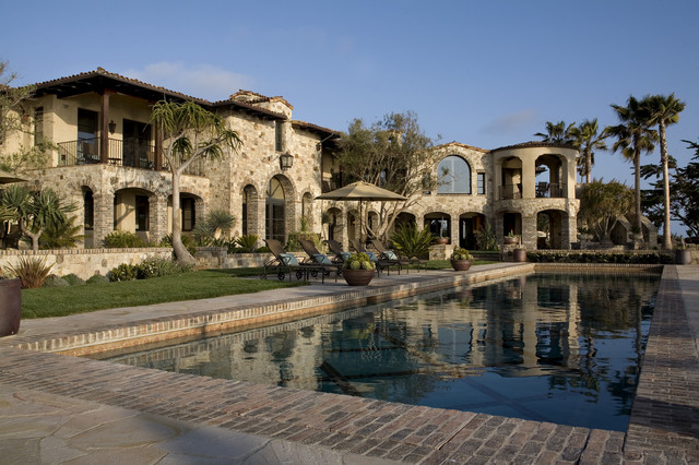 Colombatto Bluff Residence mediterranean-pool