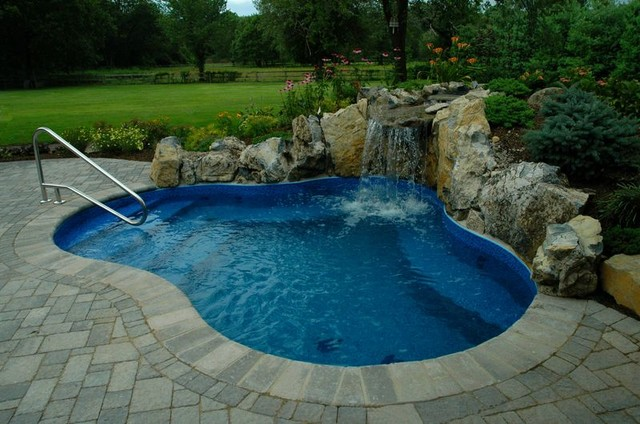 Combo Pool Spa Quot Spool Quot Traditional Pool New York