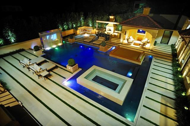 Modern Mediterranean Residence Mediterranean Pool