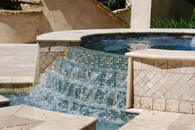 Contemporary Mediterranean mediterranean-pool