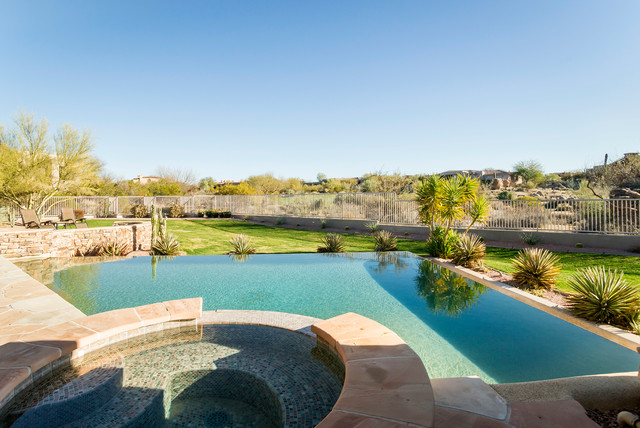 Contemporary Phoenix Home contemporary-pool