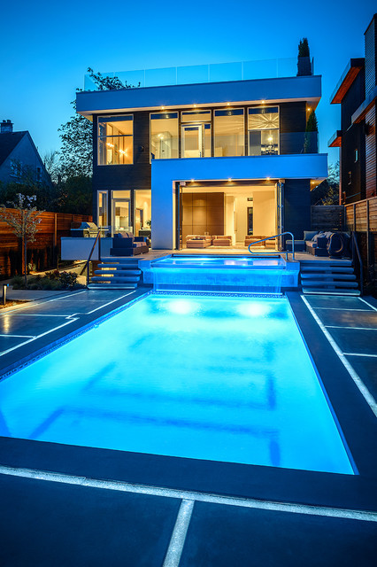 Dwell On Despard Contemporary Pool Vancouver By