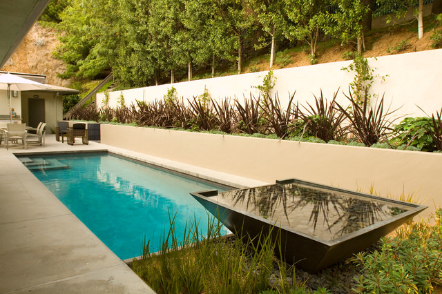 Contemporary Retreat - Beverly Hills contemporary-pool