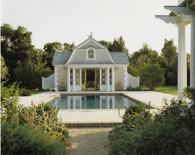 Country Houses traditional pool