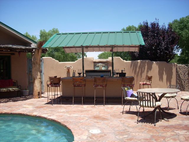 Courtyard pool compound for Rustic home albuquerque