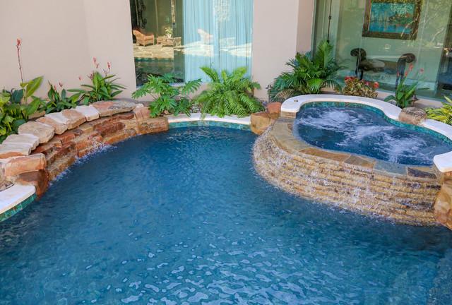Courtyard Pool In Shavano Park San Antonio Tx Mediterranean Pool Austin By Keith Zars