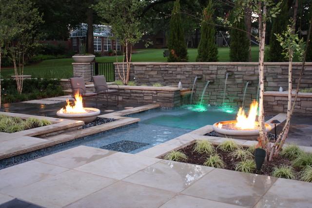 Courtyard Spool Modern Pool Dallas By Marlin