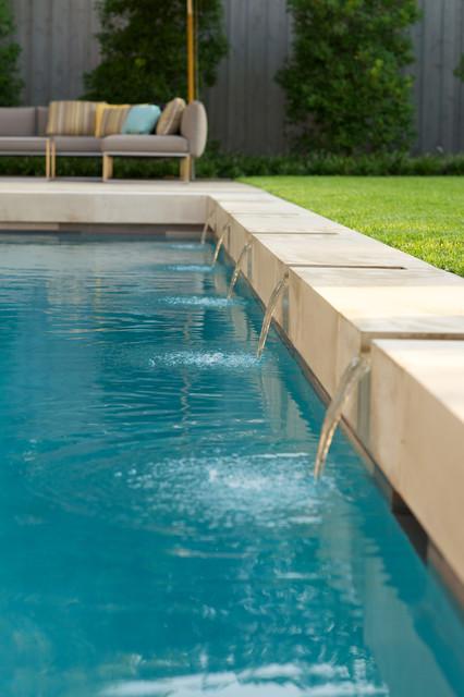 Crestbrook contemporary pool dallas by bonick for Pool design dallas