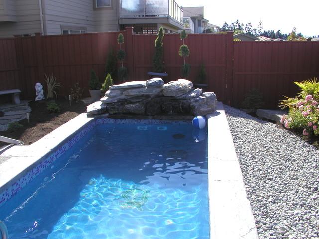 Custom Fibreglass swim spa / plunge pool - Transitional ...