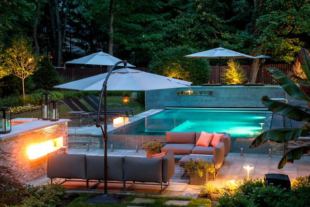 Custom perimeter overflow swimming pool modern pool for Cipriano landscape design