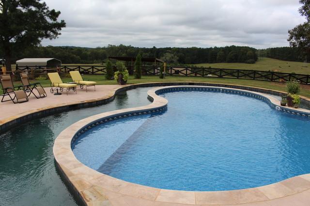 Custom Pool On A Working Farm Casa De Campo Piscina