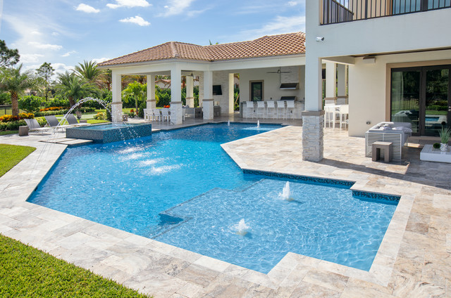 Custom Shaped Pool With Spa, Laminar Deck Jets and Custom ...