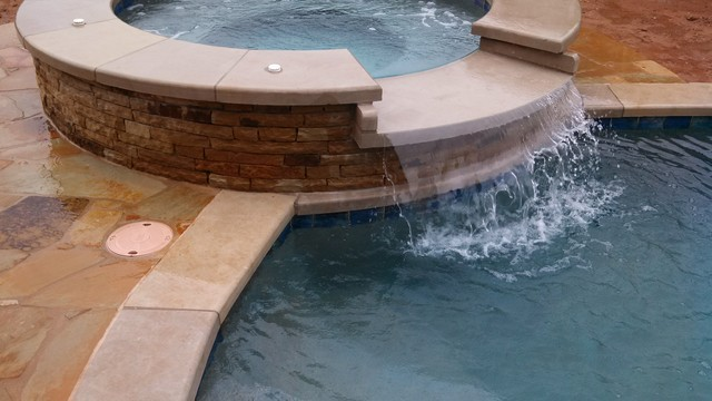 Custom Spa traditional-pool