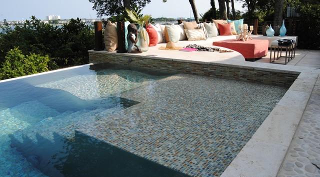 Custom Stainless Steel Pool with Infinity Edge ...