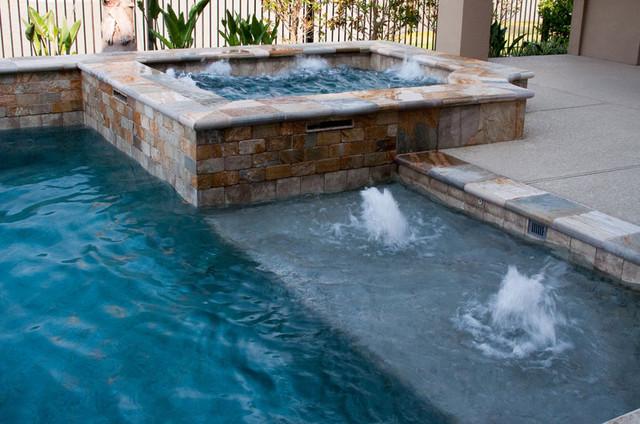 Cypress Custom Pools --- Raised Spa & Sun Shelf W/ Bubblers ...
