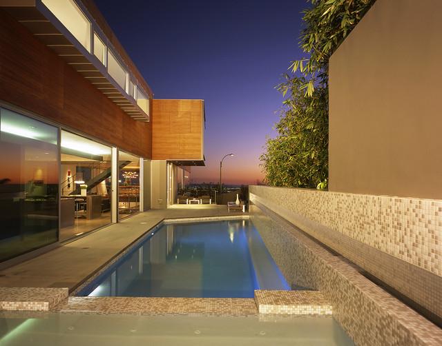 Dafna Zilafro modern-pool