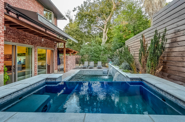 Dallas formal geometric pool for Pool design dallas texas