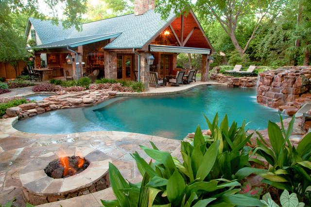 Dallas Natural Freeform Oasis - Rustikal - Pools - Dallas ...