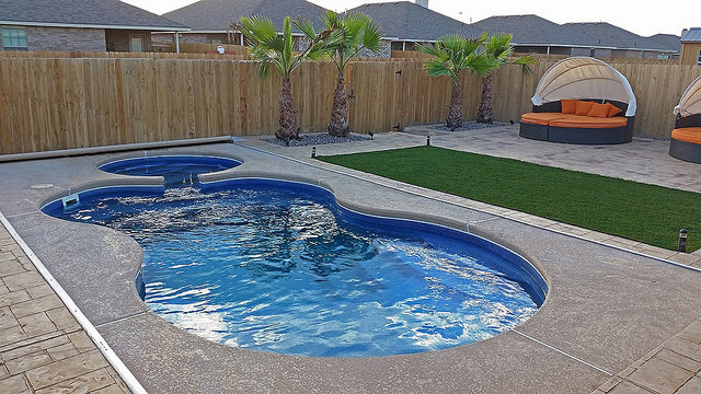 Dealer favorites modern pool other by latham pool for Swimming pool dealers