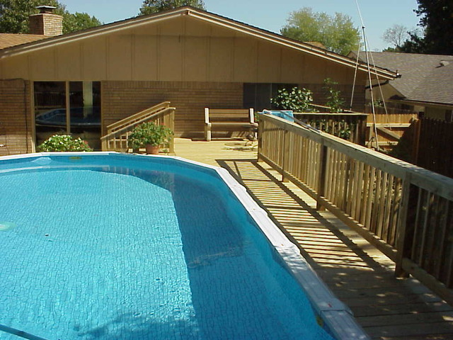 Decks modern pool other metro by phoenix builders for Above ground pool decks tulsa
