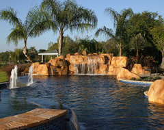 Desert Gold Pavers tropical pool
