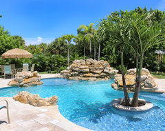 Vero Beach Florida - White Surf Oceanfront Home tropical-pool
