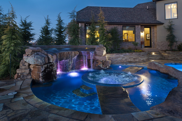 Disappearing spa in oklahoma pool eclectic pool for Pool design okc