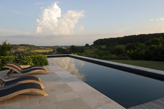 dreaming in southern france mediterran pools new. Black Bedroom Furniture Sets. Home Design Ideas