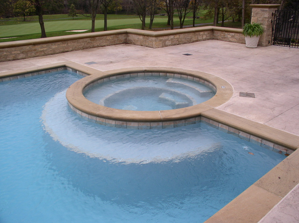 Inspiration for a contemporary pool remodel in Columbus