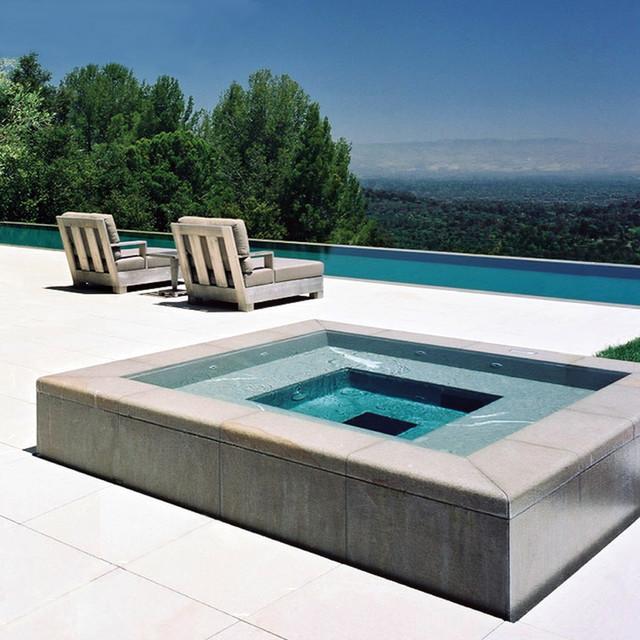 Swimming Pool Edge: Edge