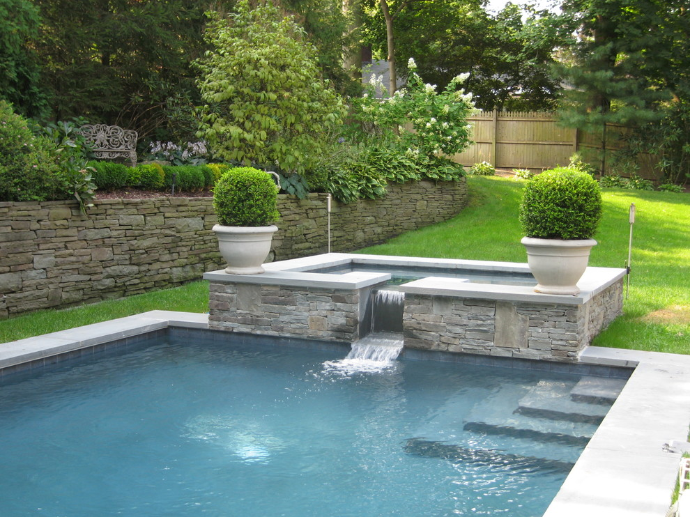Example of a trendy hot tub design in New York