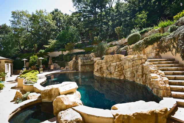 El Cerrito mediterranean-pool