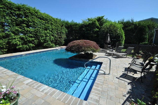 Center Island Contracting Inc. traditional-pool