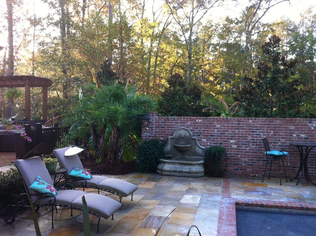 Family style traditional pool new orleans by for Pool design new orleans