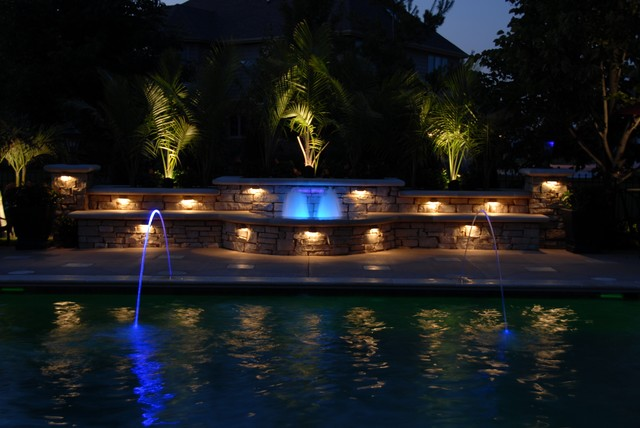 Frankfort Pool, Fountain and Outdoor Kitchen contemporary-pool