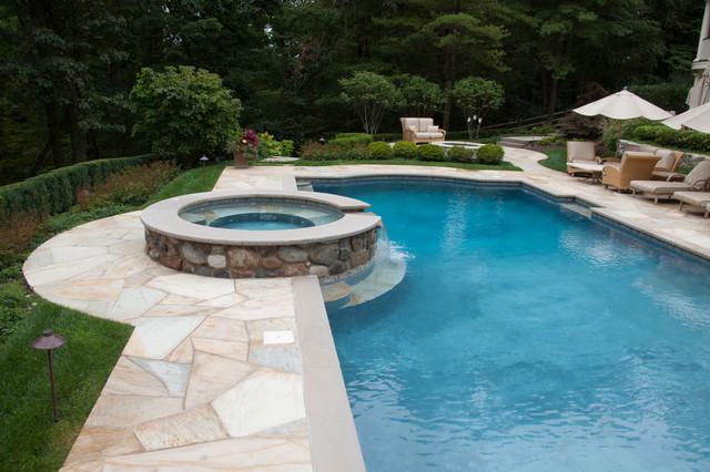 Franklin Lakes Backyard Resort traditional-pool