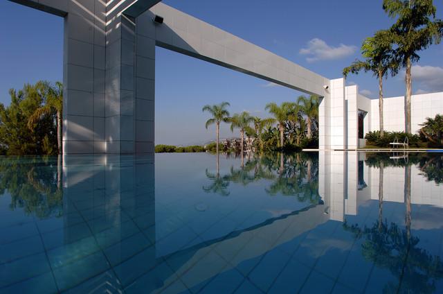Frederic Francis modern-pool