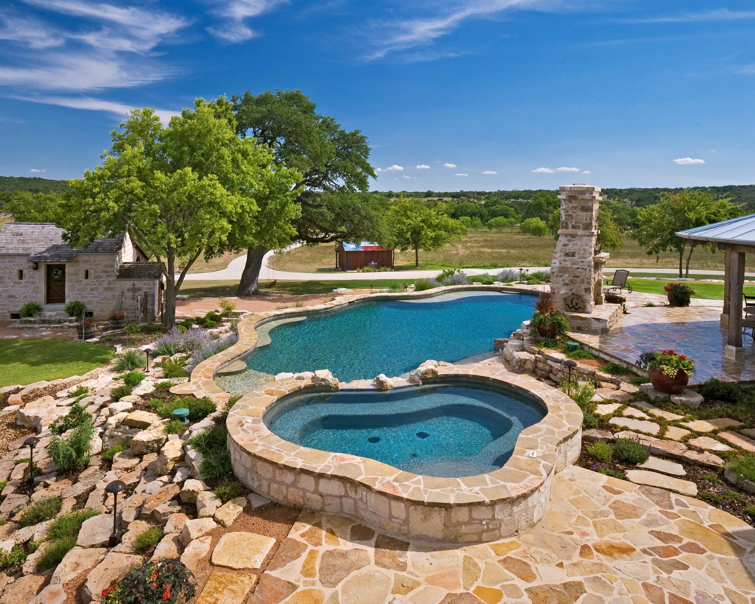Fredericksburg/Grapetown Texas Ranch Pool/Spa/Waterfall
