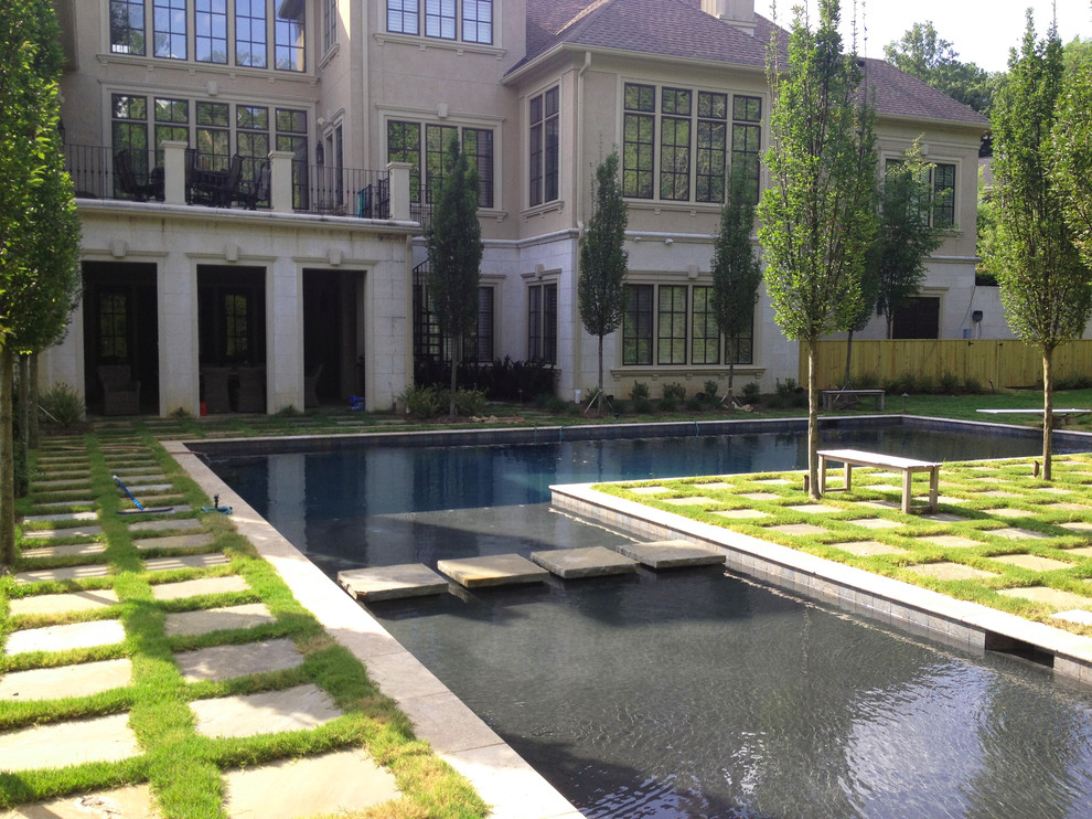 Pool - large traditional l-shaped pool idea in Nashville