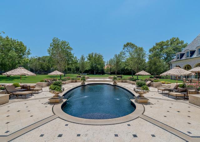 Preston Hollow Estate Property traditional-pool