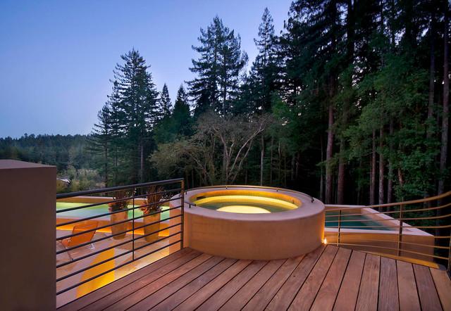 Furlong contemporary-pool