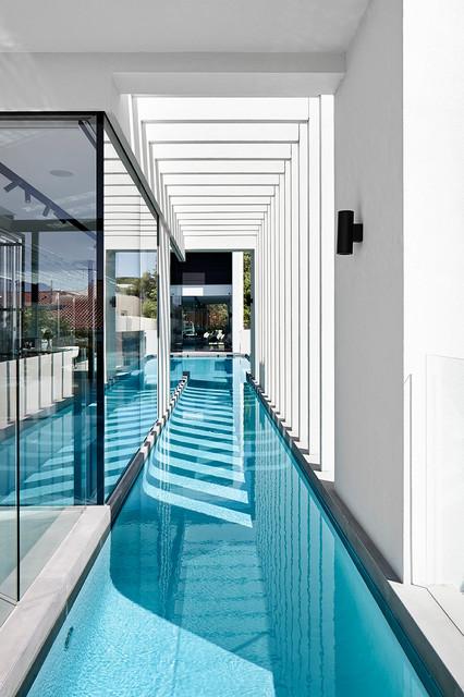 Pool - contemporary custom-shaped pool idea in Perth