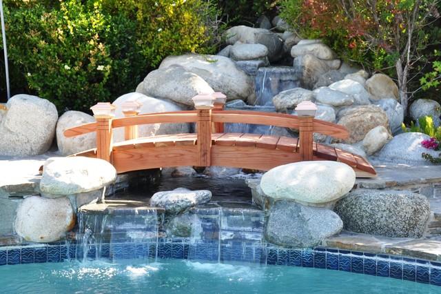 Garden Bridge Modern Swimming Pool And Hot Tub