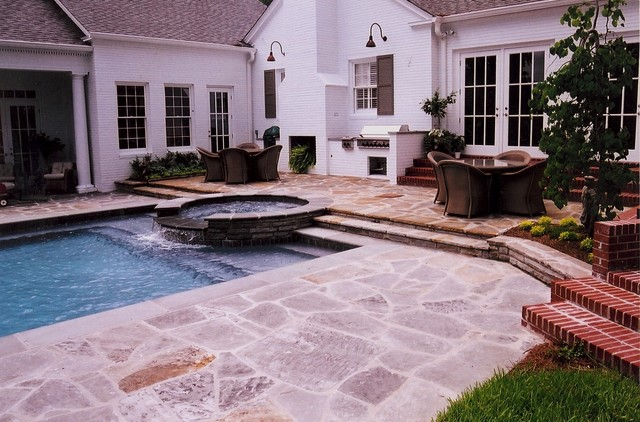 Georgia landscape traditional pool