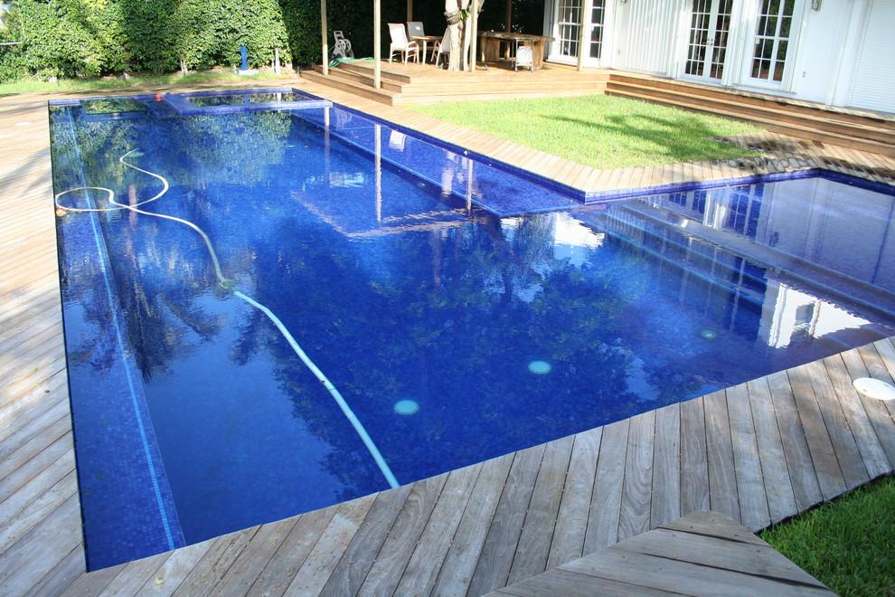 Pool - modern pool idea in Miami